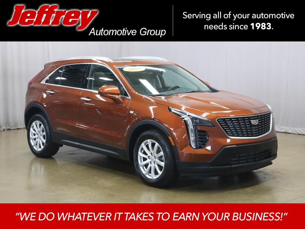 Pre-Owned 2019 Cadillac XT4 Luxury